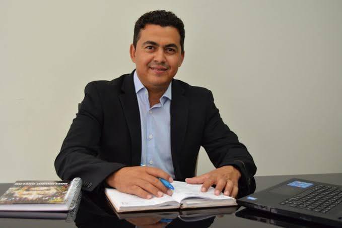GUAJERU: CONTAS DOS EXERCÍCIOS DE 2016 E 2017 DO PREFEITO GIL ROCHA SÃO APROVADAS PELA CÂMARA DE VEREADORES
