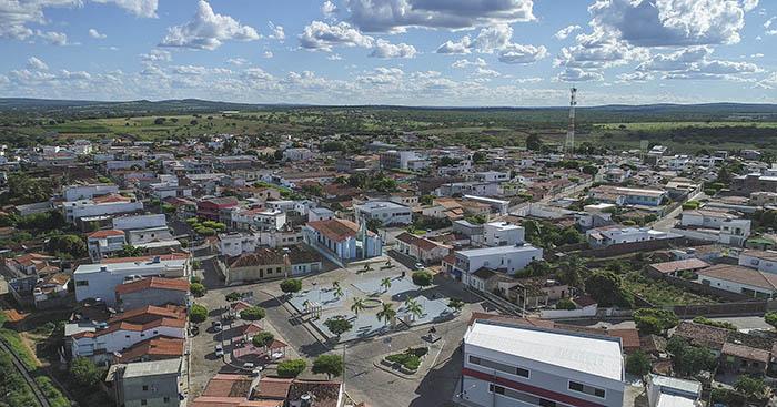 Malhada de Pedras tem transporte suspenso; total de cidades na Bahia chega a 306
