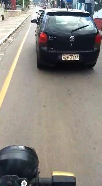 Brumado: Vereador Nem é flagrado usando carro oficial do Legislativo para transporte de passageiros