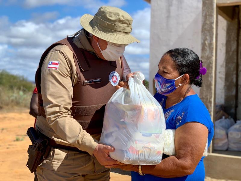 Polícia Militar segue com ações para os mais vulneráveis na pandemia