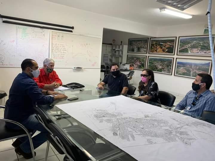 Prefeitura de Brumado firma parceria com a Faculdade Santo Agostinho