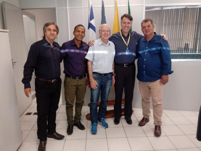 Prefeito de rio do Antônio participa de reunião e solicita reativação de posto de atendimento do Banco do Brasil em Ibitira