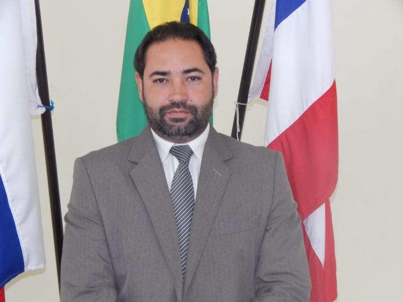 Presidente da câmara de Rio do Antônio apresenta documentos no Ministério público, reforçando denúncia de suposta fraude em Licitação da Prefeitura