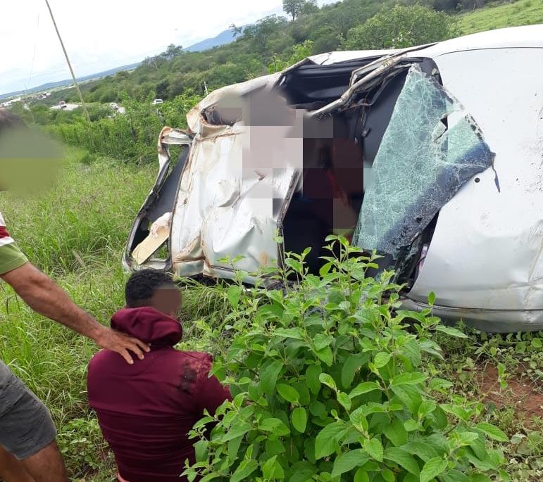 Acidente com vítima fatal é registrado na BR-030, próximo ao distrito de Sussuarana