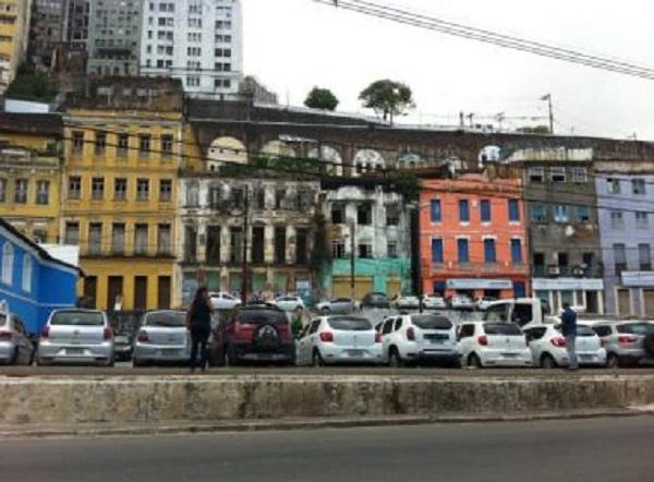 Salvador tem ocupações 'piores do que a vista em São Paulo', mas sem fiscalização