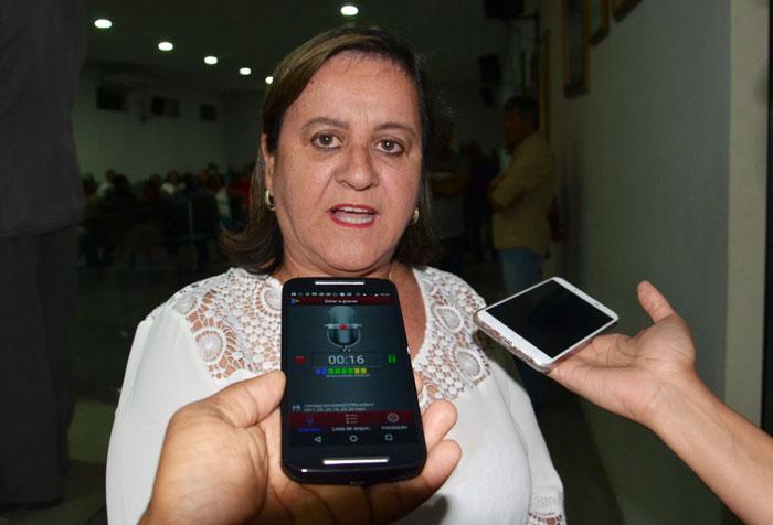 Prefeita Lêda Matias parabeniza Aracatu pelos seus 56 anos comemorados hoje