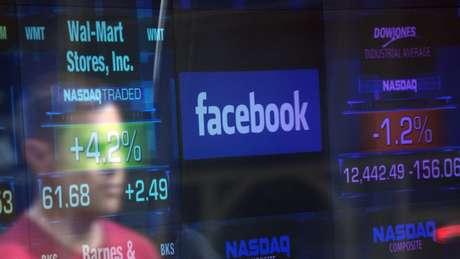 Facebook nos EUA despenca US$ 35 bilhões em horas com novo escândalo sobre roubo de dados