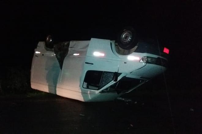 Veículos capotam após grave colisão na BA- em Livramento de Nossa Senhora