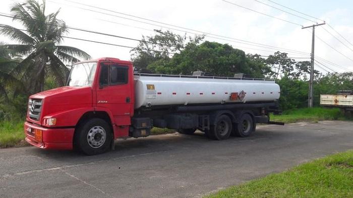 Sefaz apreende caminhão com etanol irregular