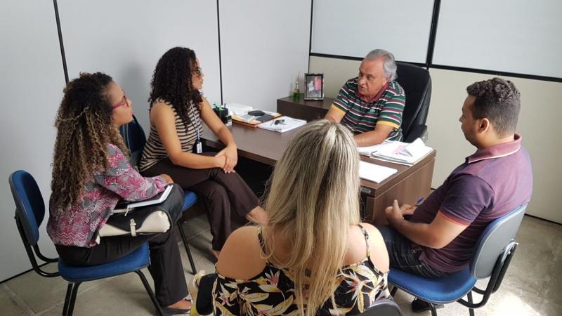 Guanambi: Secretário de Administração discute com representantes do IEL a renovação do Convênio de Estágio