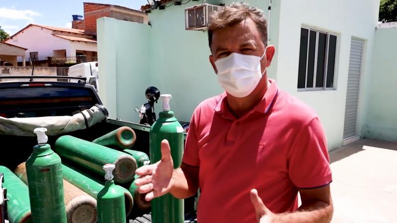 Veja o vídeo: Por precaução Prefeitura de Rio do Antônio reforça estoque de Oxigênio, prefeito fala sobre a situação