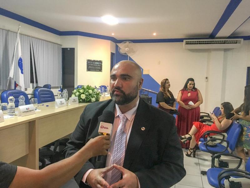Novo presidente da 21ª Subseção da OAB de Brumado, Kleber Lima Dias toma posse em evento solene