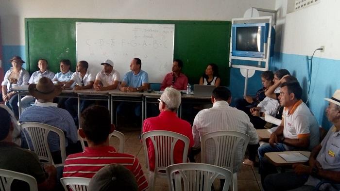 Prefeitura de Rio do Antônio promove reunião para debater criação de Cooperativa da Agricultura Familiar