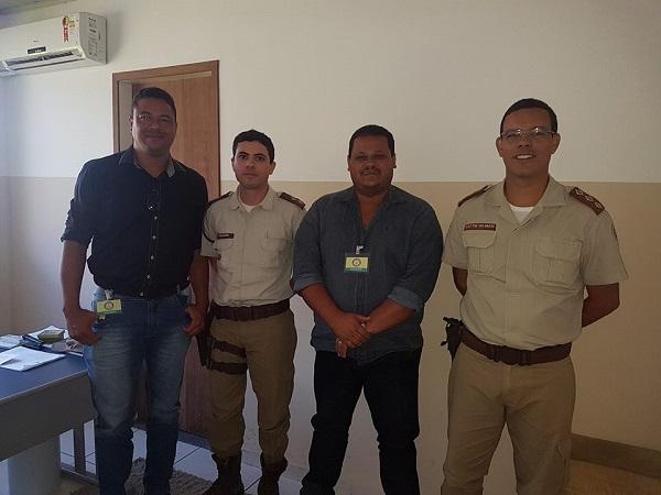 Tenente e capitão da 34° CIPM de Brumado se reúnem com prefeito e vice de Ibicoara