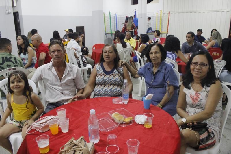 Brumado: Padaria Pão de Mel realizou evento de confraternização com seus colaboradores