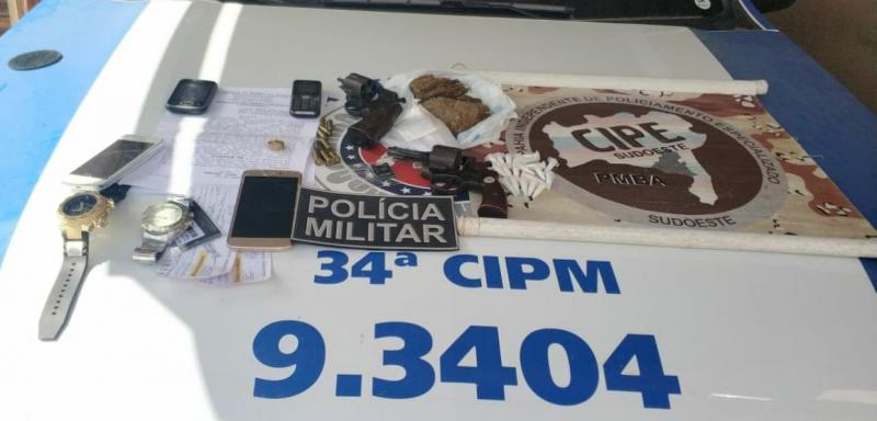 Duas pessoas morrem em confronto com a Cipe Sudoeste em Barra da Estiva; arma e drogas foram apreendidas