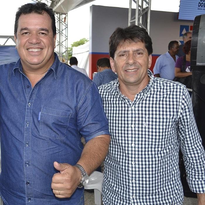 Prefeito de Aracatu  recepciona o Governador Rui Costa em visita a cidade  de Brumado