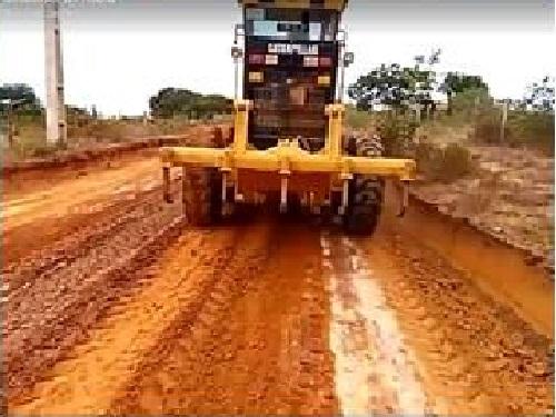 Prefeitura de Guajeru finaliza obras na estrada que liga o município a Condeúba