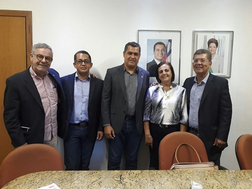 Em visita a Salvador, vereadores defendem pleitos de Condeúba
