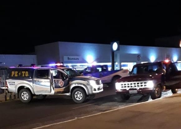 Brumado: Homem furta veículo, foge da polícia e acaba preso na Avenida Centenário