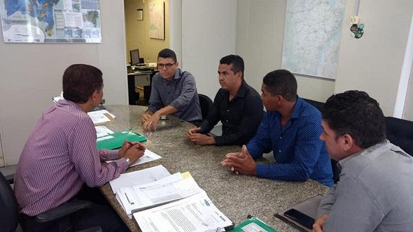 Gil Rocha cumpre agenda em Salvador em busca de benefícios para Guajeru