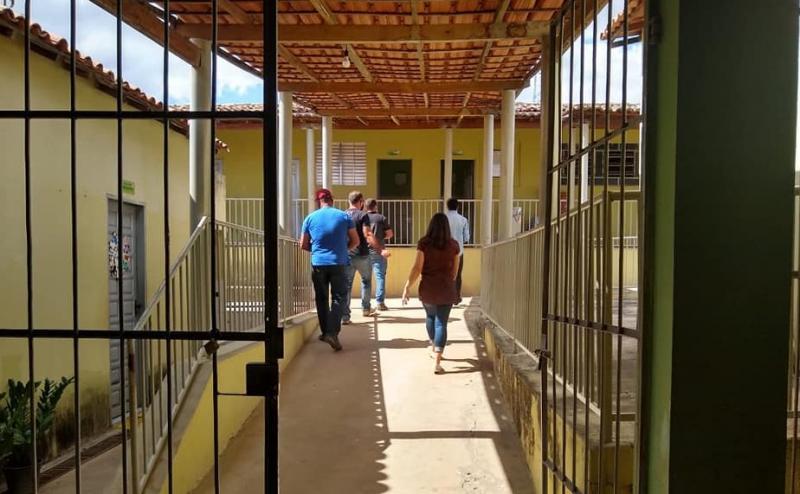 Guajeru: Município adapta unidades escolares com protocolos de higienização em prevenção a Covid-19