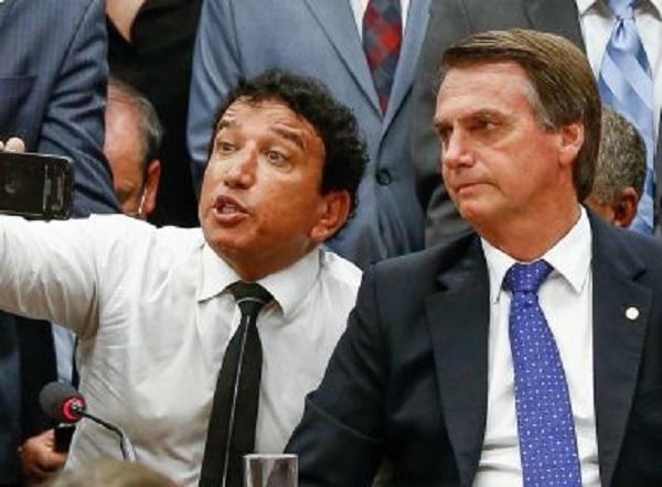 PT quer punição a pastores que usam igreja pró-Bolsonaro