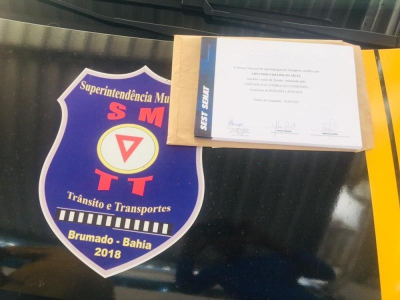 Taxistas brumadenses estão capacitados para operar e receberão certificado, afirma SMTT