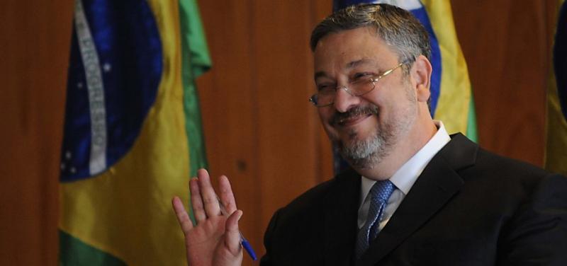 Palocci negocia delação em SP sobre consultoria e mercado financeiro, diz Folha