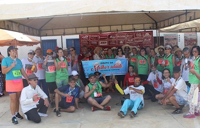 Grupo da terceira idade de Malhada de Pedras participa da Segunda Meia Maratona do Terrão em Brumado