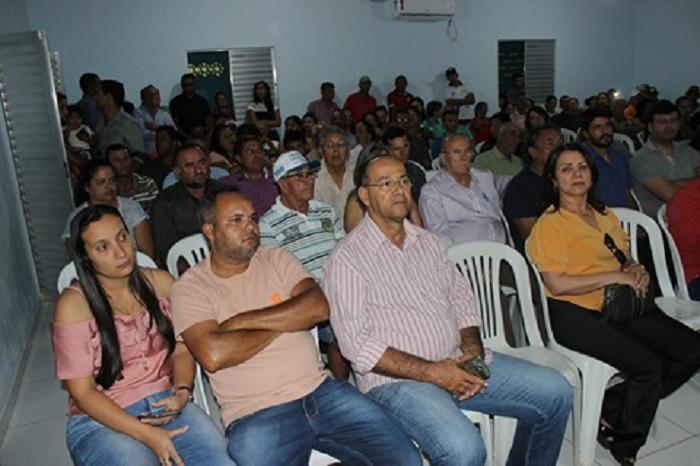 Audiência Pública em Malhada de Pedras reúne autoridades e representantes de toda região para tratar do transporte alternativo