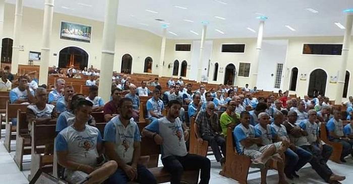 Terço dos Homens realizou palestra com Dr. Thiago Torres em Brumado
