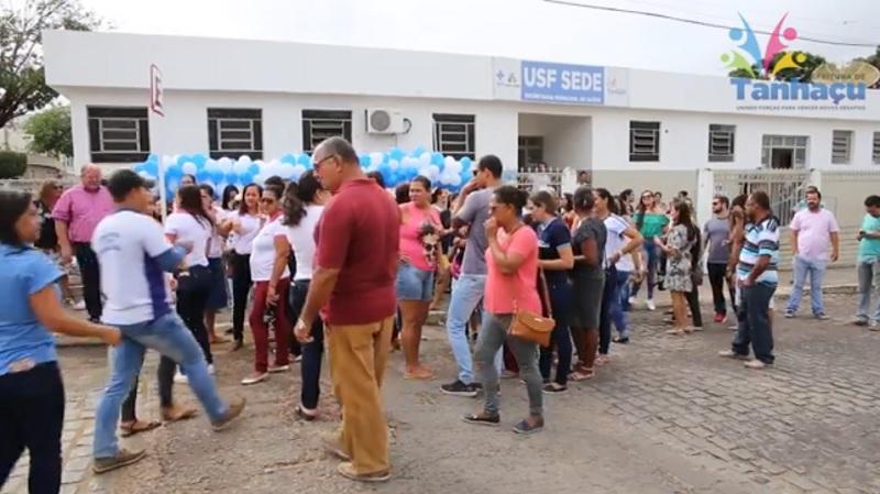 Vídeo: Secretaria de Saúde de Tanhaçu realiza o dia D da Campanha Mantenha a Cidade Limpa, Todos Contra a Dengue