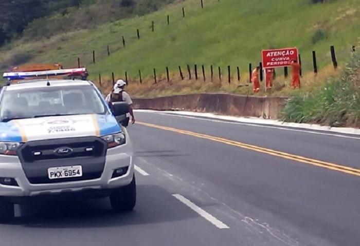 Serra do Marçal recebe novas placas de sinalização  para evitar acidentes