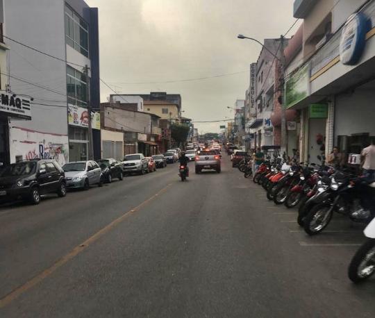 Covid-19: Prefeitura decreta fechamento do comércio e controle no transporte coletivo