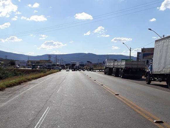 Caminhoneiros brumadenses aderem a protestos contra aumento do preço dos combustíveis