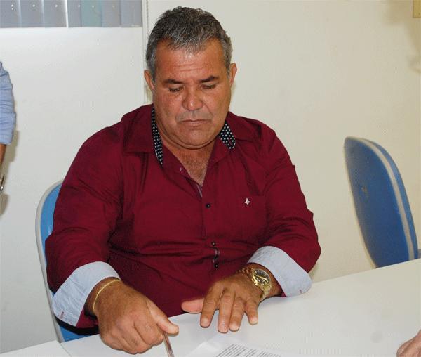 Prefeito de Contendas do Sincorá entregará dezenas de obras no início de março à população