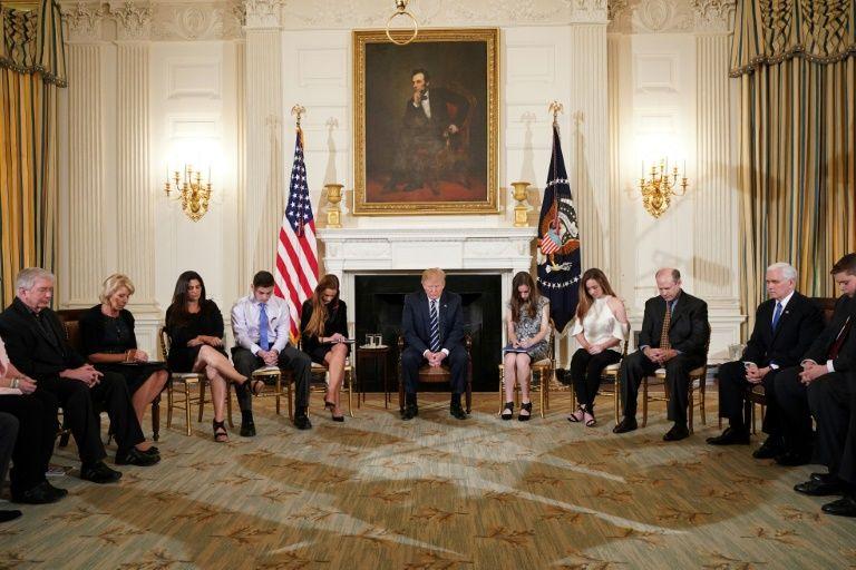 Trump insiste em armar professores para evitar ataques em escolas