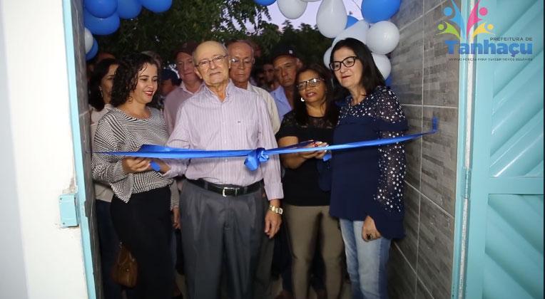 Prefeitura de Tanhaçu inaugura creche na comunidade de Ourives