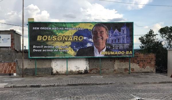 Brumado: Justiça determina retirada de outdoor em apoio a Jair Bolsonaro em 48 horas