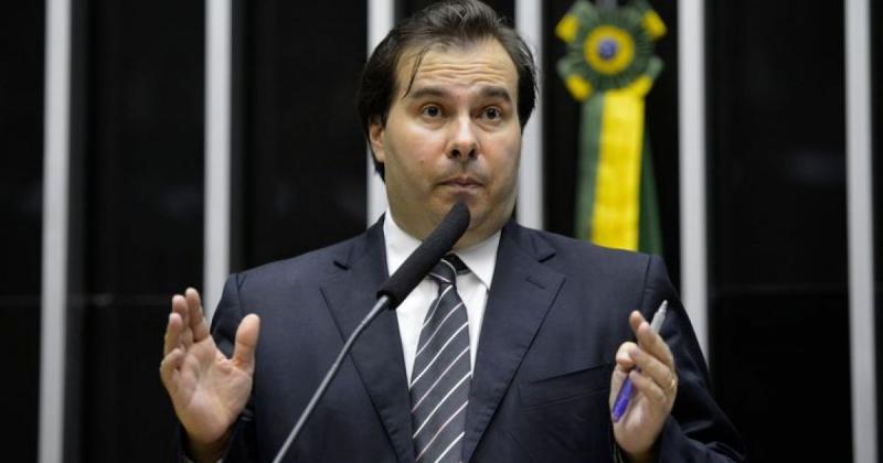 Maia fecha com PP, MDB e PTB e praticamente garante reeleição na Câmara, diz coluna