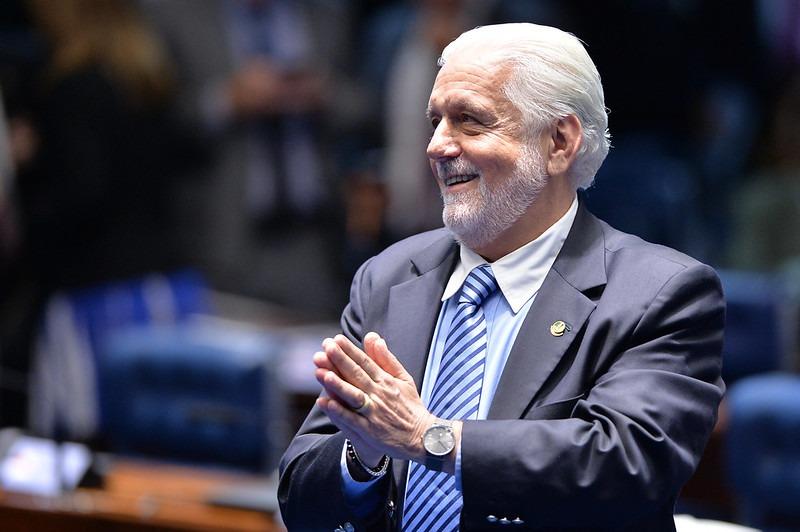 Jaques Wagner e quatro deputados federais do PT Bahia são indicados ao Prêmio Congresso em Foco