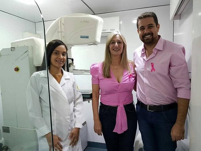 Malhada de Pedras: Em apoio à saúde das mulheres, Prefeita participa do Mutirão de Mamografia
