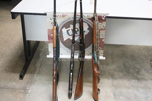 Polícia realiza apreensão de armas de fogo em Livramento