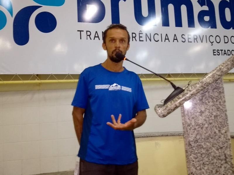 """Atleta usa Tribuna Livre para convocar vereadores para o Ensaio e a """"Maratona do Terrão"""""""