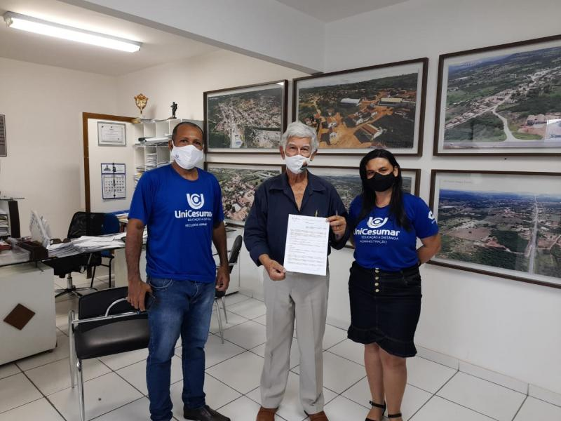 UNICESUMAR FECHA PARCERIA COM A PREFEITURA MUNICIPAL DE BRUMADO QUE BENEFICIAM SERVIDORES