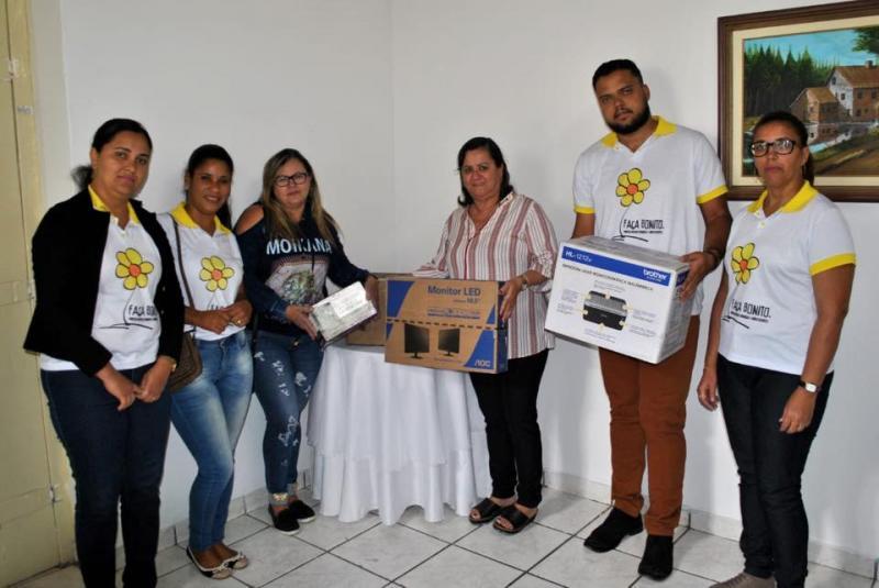 Prefeitura de Aracatu adquire três novos veículos para a frota municipal
