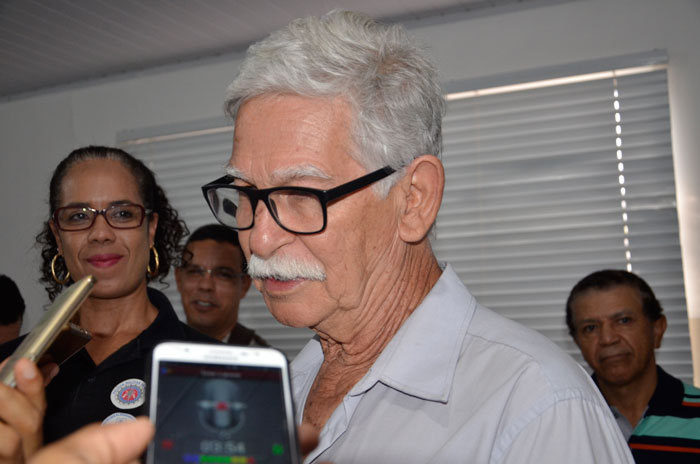 Prefeito de Brumado faz esclarecimento a respeito de Audiência Pública realizada pela Embasa; veja o vídeo