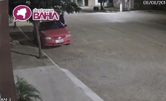 Câmeras flagram veículo da Prefeitura de Rio do Antônio sendo furtado; veja o vídeo