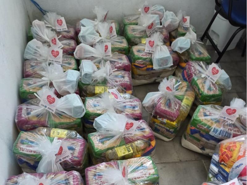 Brumado: Hospital Municipal e ELO/UTI doam cestas básicas para entidades filantrópicas